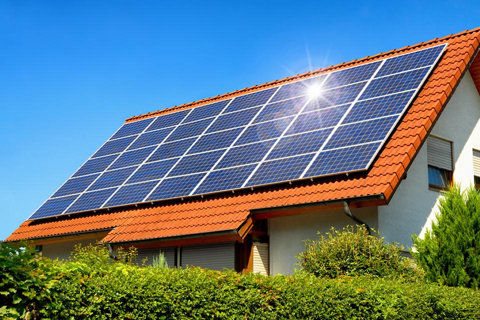 DEB Deutsche Energie Beratung GmbH: Langfristige Rendite aus unerschöpflicher Sonnenenergie