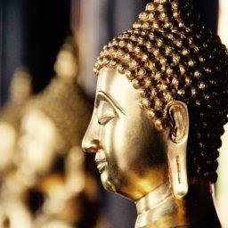 Trotz Einreise-Verbot: Thailands König jettet durch die Welt