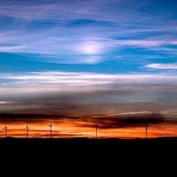 Dreist: Mit Windparkbeteiligungen 500 Millionen Euro ergaunert