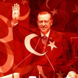 Junge türkische Staatsbürger flüchten aus eigenem Land