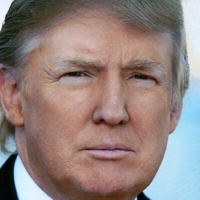 Amerikaner vertrauen weiter auf Donald Trump