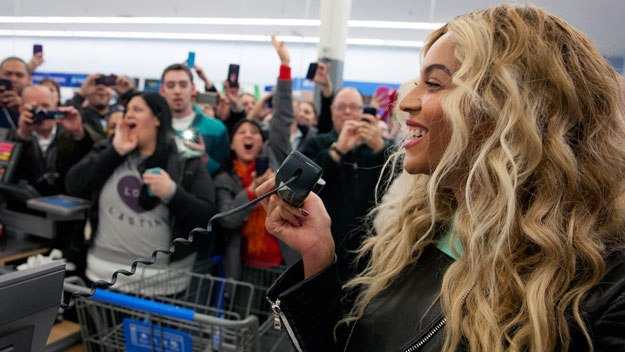 Walmart schickt Kampfansage an Jeff's Amazon