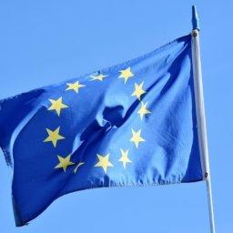 Gesetzesvorschlag der EU-Kommission: Das Ende des Kabelsalats?
